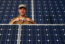 Schließen des Stromkreises einer Photovoltaik-Anlage